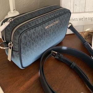 New MK Connie double zipper camera bag 🍭